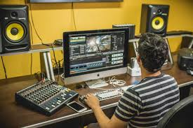 CURSO TRIMESTRAL DE EDICIÓN DE VIDEO