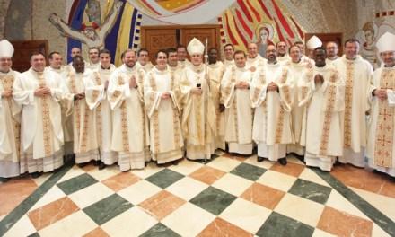 El arzobispo preside la ceremonia de ordenación de 21 nuevos presbíteros
