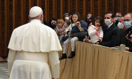 Navidad: Redescubrir, contemplar, anunciar (Papa Francisco)