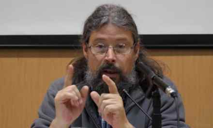 """Agustín Rodríguez Teso (párroco de la Cañada Real): """"Tres meses sin luz nos han hecho retroceder diez años"""""""