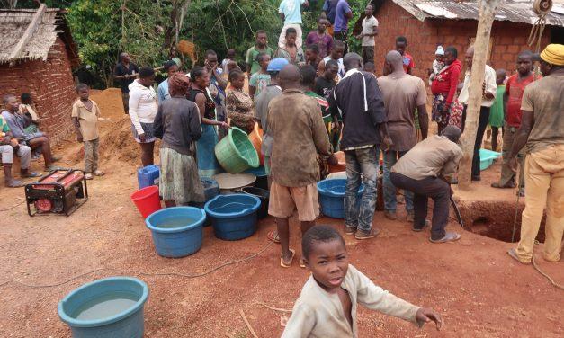 Agotar el agua en nombre del desarrollo