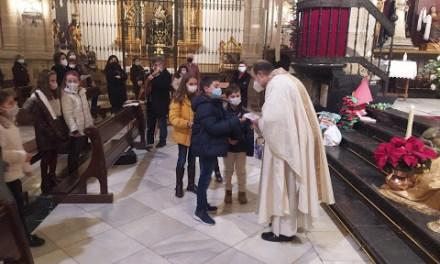 RITUAL DE LAS ENTREGAS EN EL PROCESO DE LA INICIACIÓN CRISTIANA
