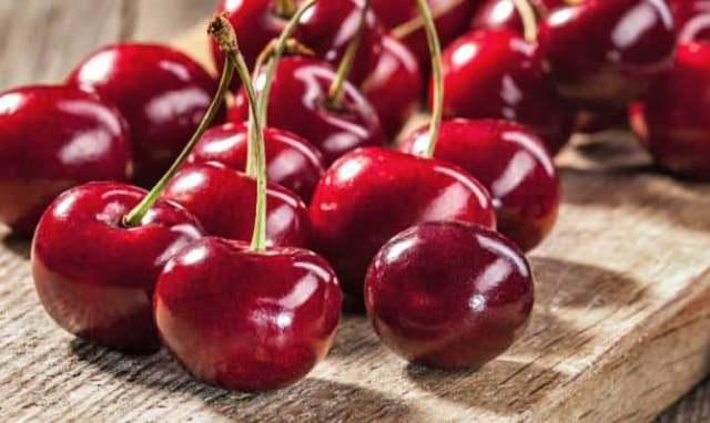 Il finger food salato si sposa con la frutta 3