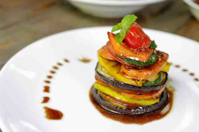piatto vegetariano gourmet