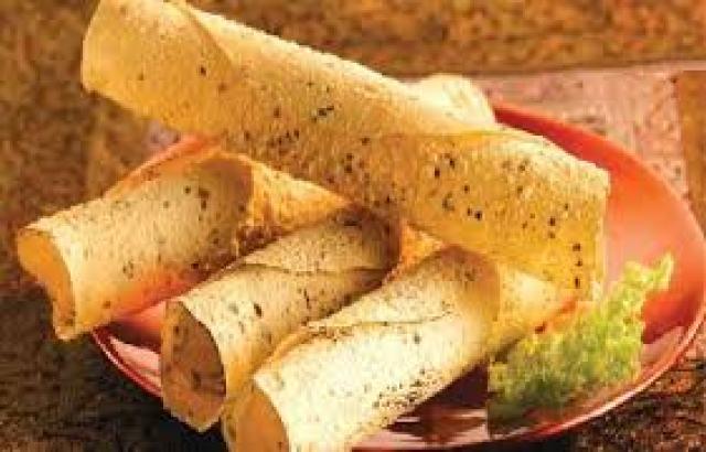 La-cucina-indiana-e-l-oceano-indiano-Pappadum