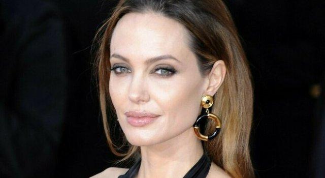 a-tavola-con-le-star-Angelina-Jolie