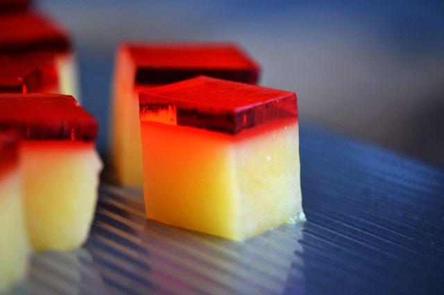 gelatine alcoliche mango campari  jello shots