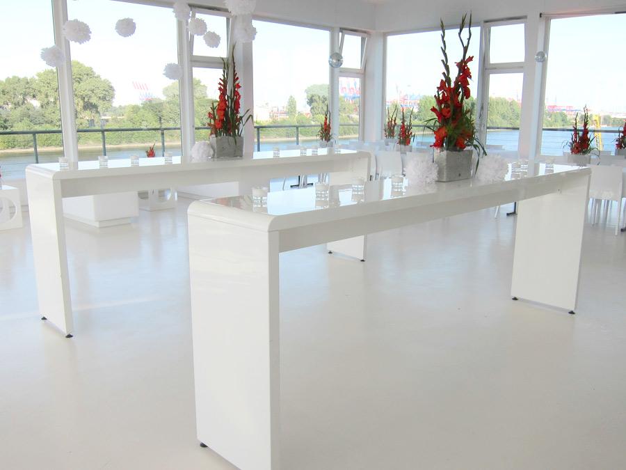 Modernes Hochzeitscatering ohne Schnörkel im Hamburger Fleet3
