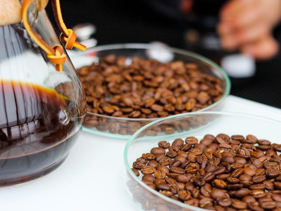 Ethiopischer und Brazil Kaffee- small batch und slow roasted für Slow Drip Coffee