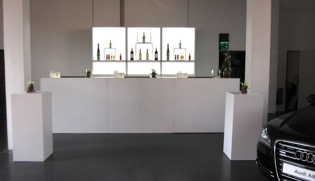 Die LUNABar im Prototyp Museum in Hamburg.