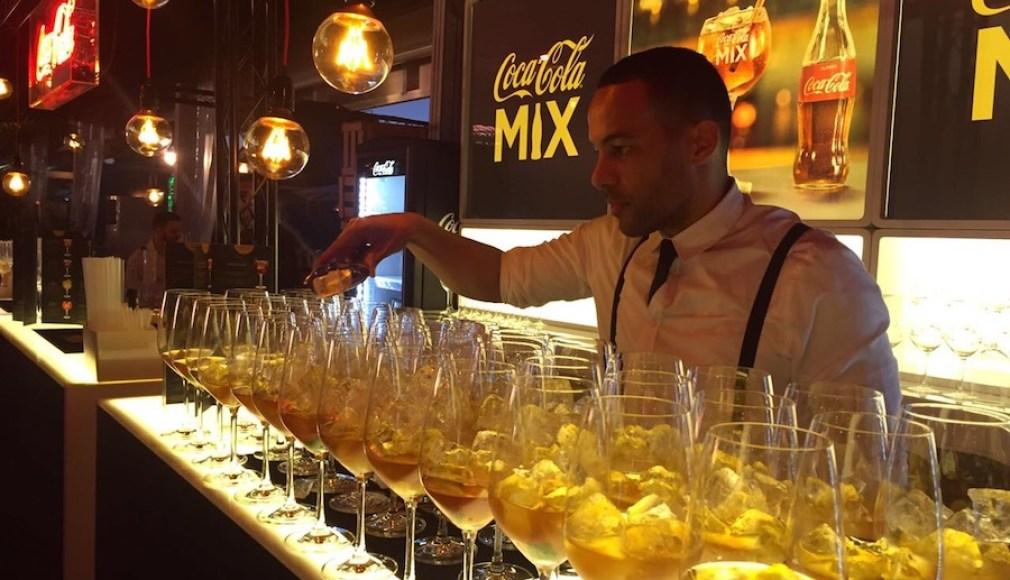 COCA-COLA Mix Bar beim Pokalfinale in Berlin.