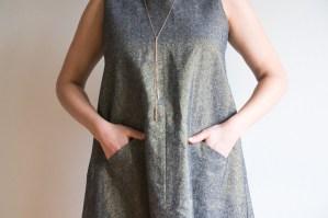 Farrow-Dress-by-Grainline-Studio-in-Essex-metallic-linen-4