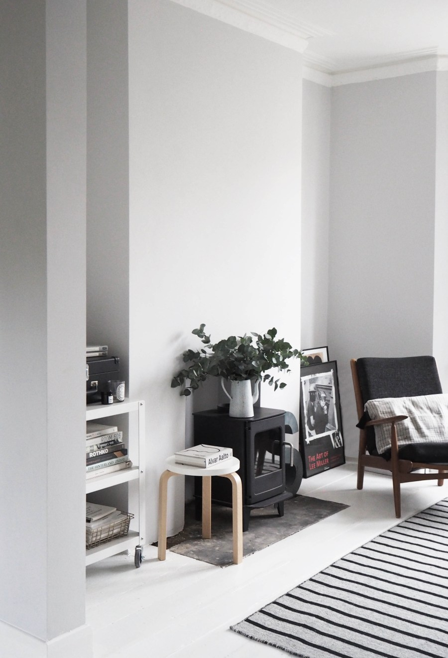 My Scandi-style living room makeover – painted white floors and