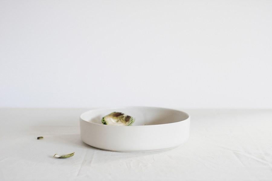 Simple stoneware by Mleko Living