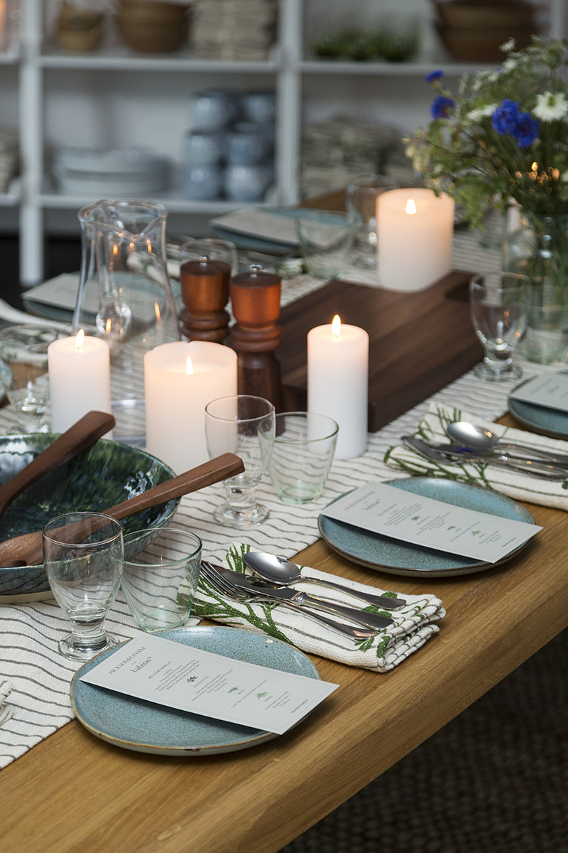 Jackson & Levine for Habitat - simple dining