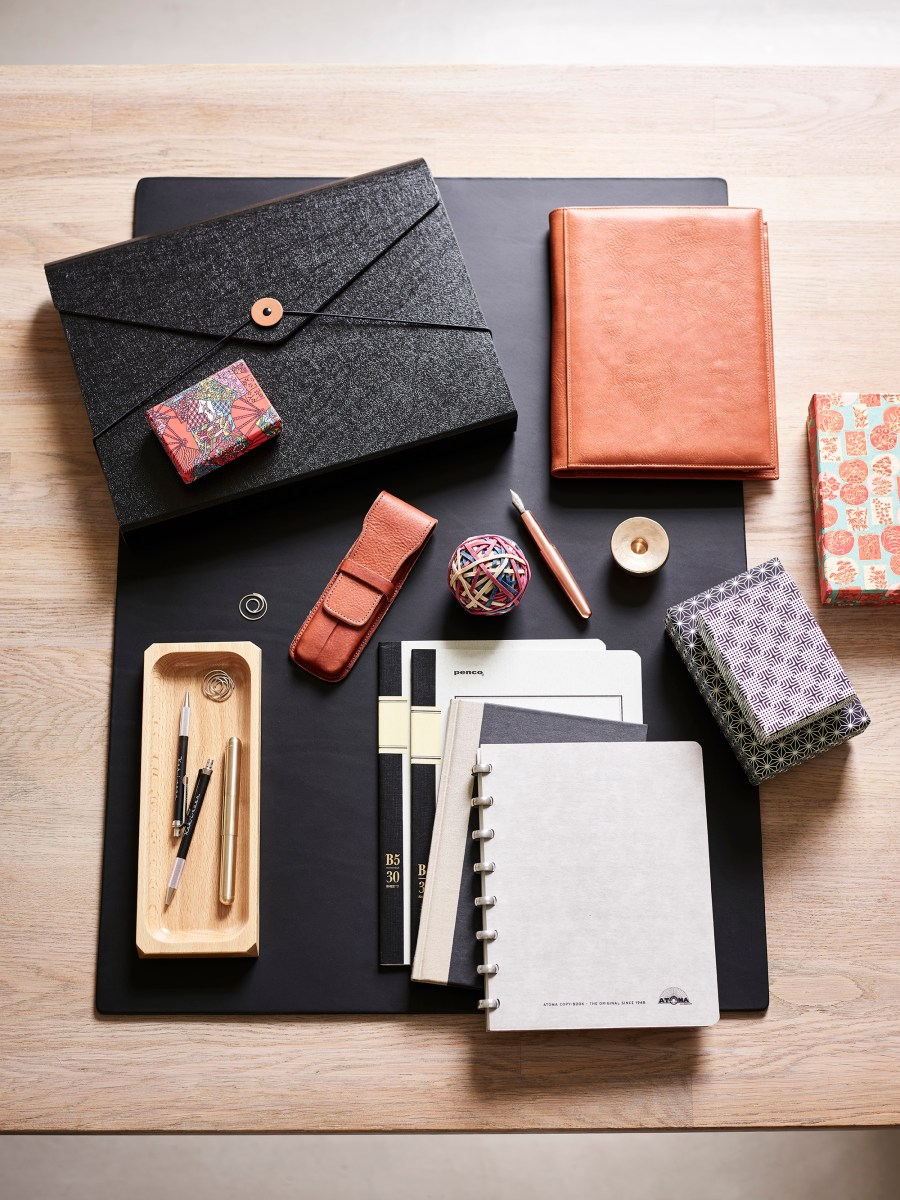 Simple everyday objects from Manufactum - stationery