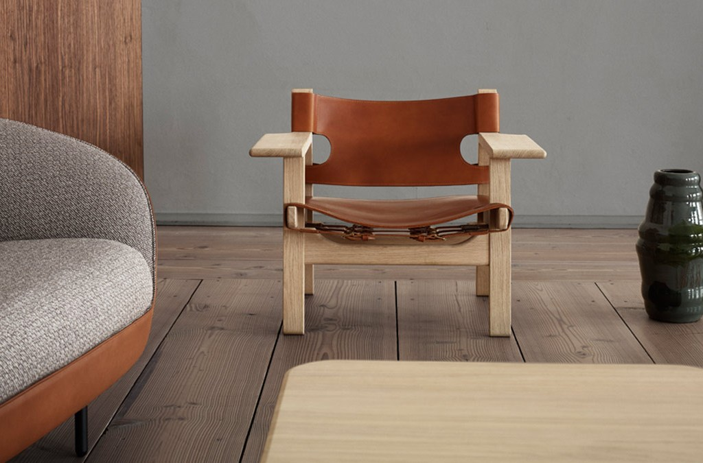 Fredericia Furniture showroom Copenhagen - The Spanish Chair by Børge Mogensen