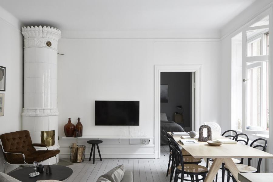 I wish I lived here: minimal monochrome living