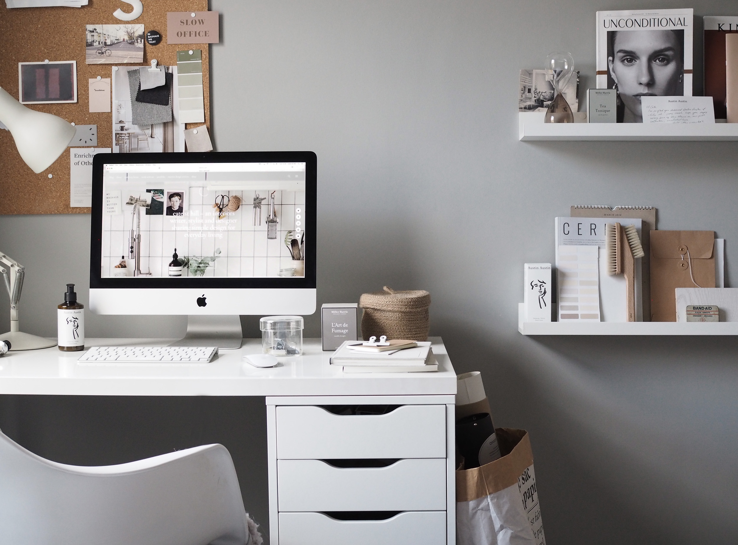 14 Of The Best Minimalist Desks For The Simple Home Office