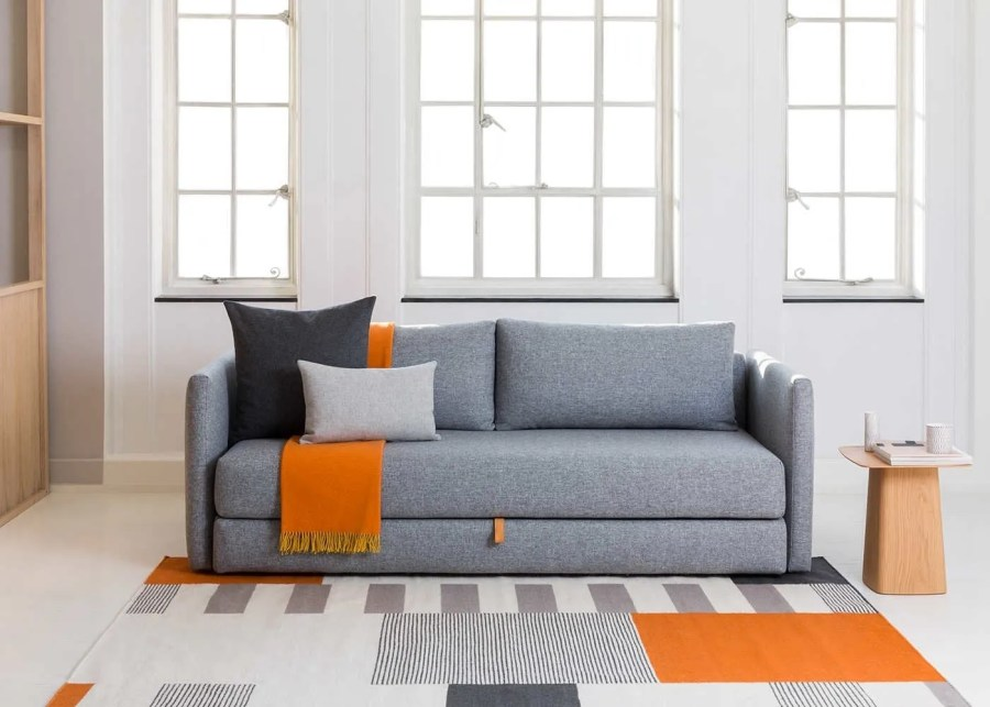 Super 12 Of The Best Minimalist Sofa Beds For Small Spaces Beutiful Home Inspiration Ommitmahrainfo