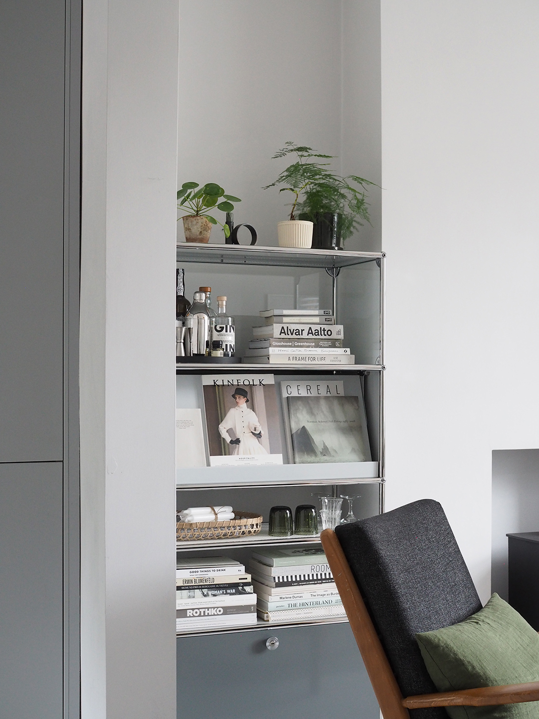 Ad A Simple Organised Home With Usm Modular Furniture