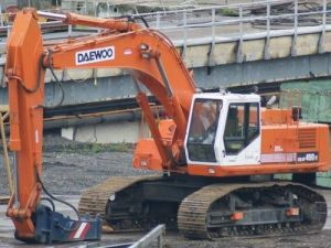 Daewoo Doosan Solar 450-Ⅲ Crawler Excavator Service Parts Manual