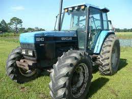 Ford New Holland 8240 Tractor FACTORY Service Repair Manual
