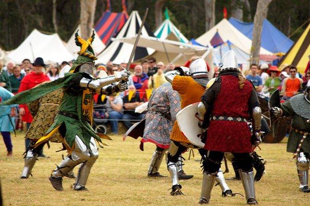 36904_1461527091755_5686102_n abbey medieval festival Abbey Medieval Festival 2010 36904 1461527091755 5686102 n