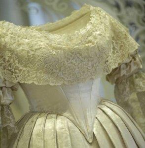 484770-robe-mariage-reine-victoria-1840