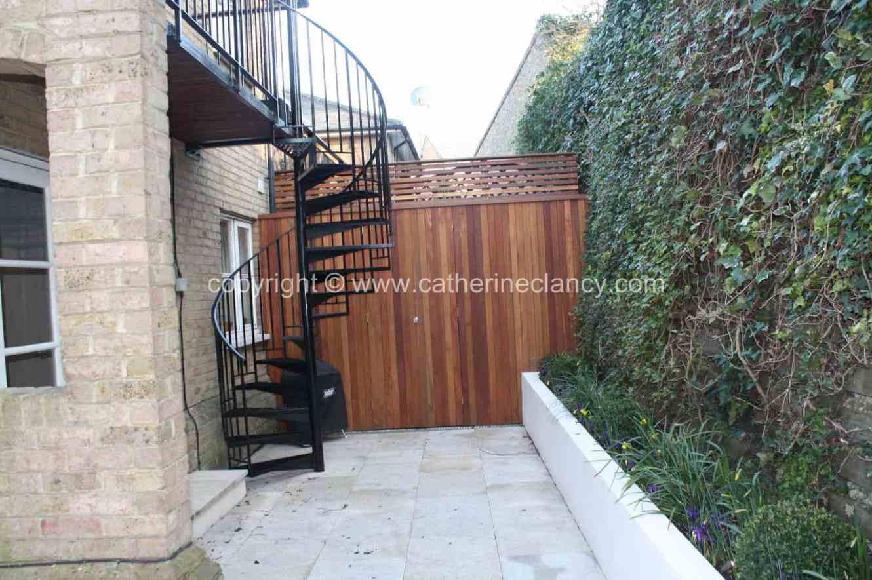 chic-courtyard-6
