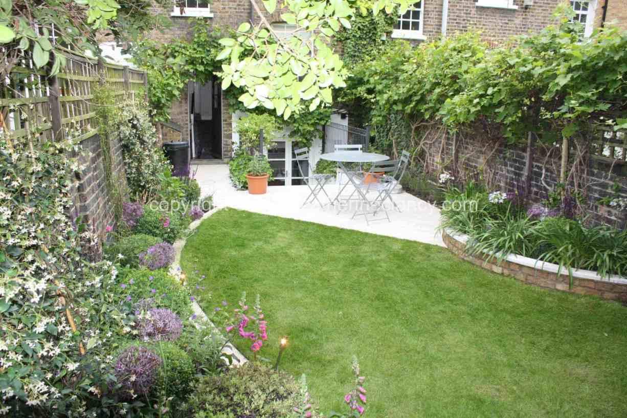 long-thin-terraced-garden-11