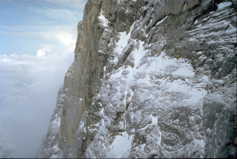 © René Robert; Catherine Destivelle, ascension en solo hivernal de la face nord de l'Eiger.
