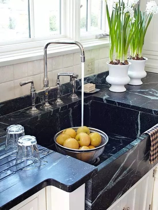 Veiny Soapstone Countertop Inspriation