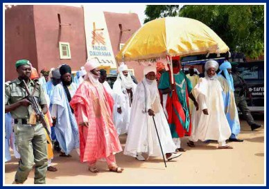 Emir of Daura arriving with his entourage as the president's daughter marries