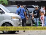 Priest in Indonesia suffers minor injuries in copy-cat suicide bomb attack