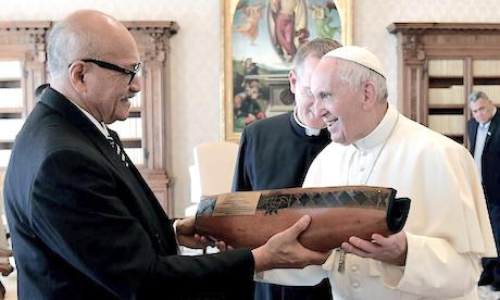 President of Fiji meets Pope Francis - CathNews NZ and Pacific