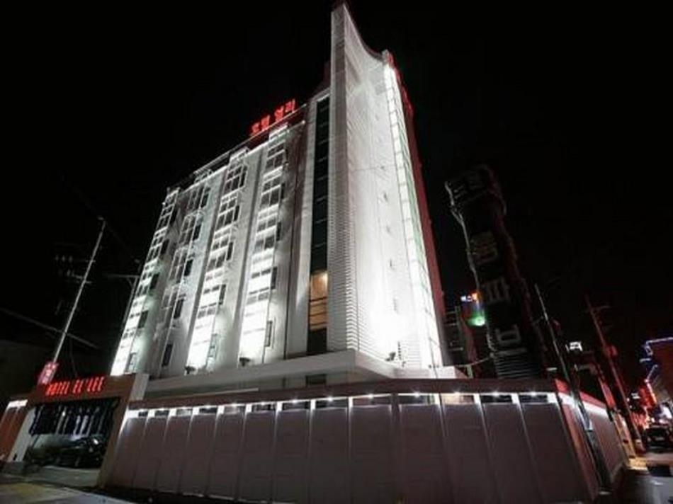 Hotel Ellee Cheonan