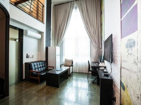 Life Style L Hotel