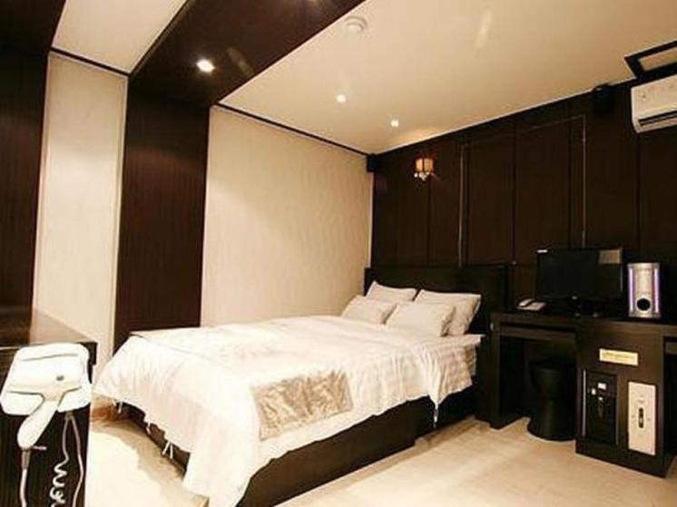 Stylish Hotel Ditto