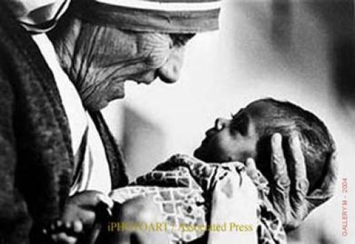 Mother Teresa with Child Public Domain Image