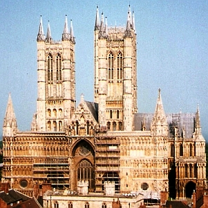 west end of Lincoln Cathdral, Diocese of Lincoln, England, seen from Lincoln Castle; photographed by Rodhullandemu; swiped off the Wikipedia web site