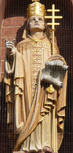 statue of Pope Saint Gregory II, date and artist unknown; church of Saint Boniface, Heidelberg, Baden-Württemberg, Germany; photographed on 12 October 2008 by 3268zauber; swiped from Wikimedia Commons