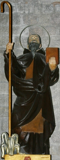 statue of Saint Maginus, date and artist unknown; Basílica de Santa Maria del Mar, Barcelona, Spain; photographed on 4 December 2014 by José Luiz Bernardes Ribeiro; swiped from Wikimedia Commons