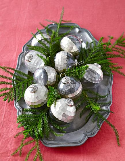 Christmas Wedding Centerpiece Ideas