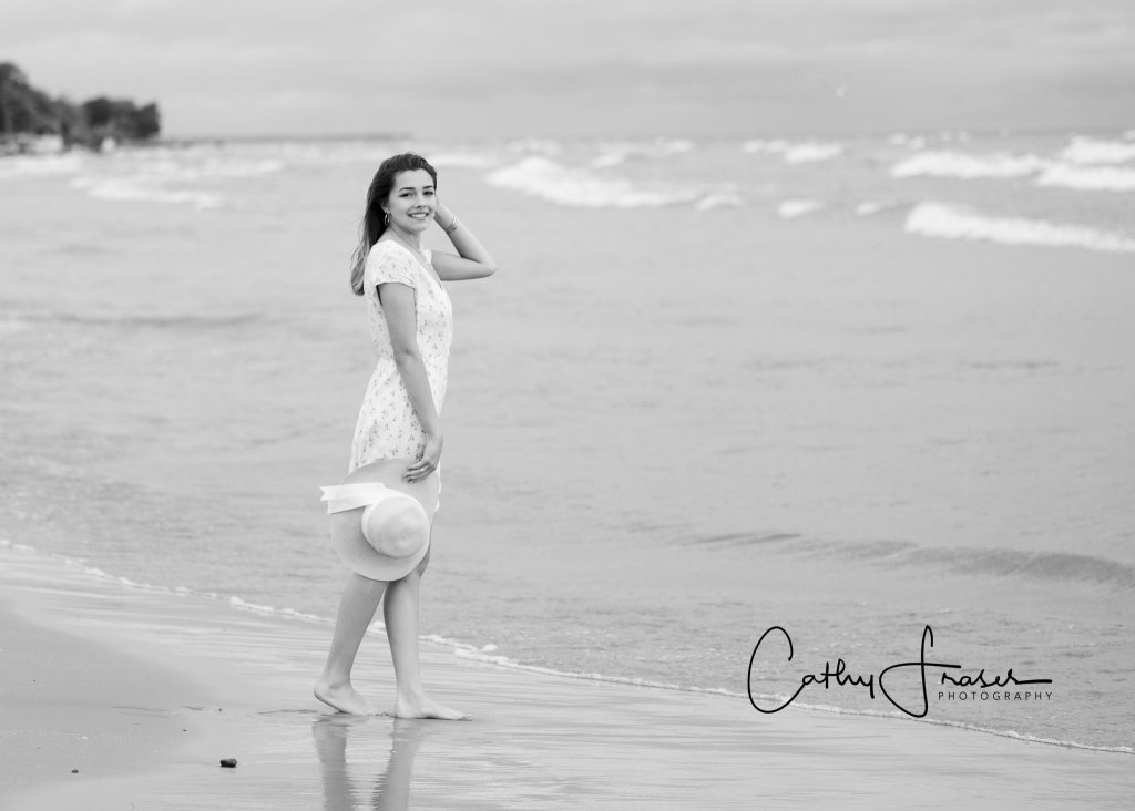 black and white picture, Charlotte Pier, Ontario Beach State Park. Rochester, New York, Professional Senior pictures, senior portraits, profession photos