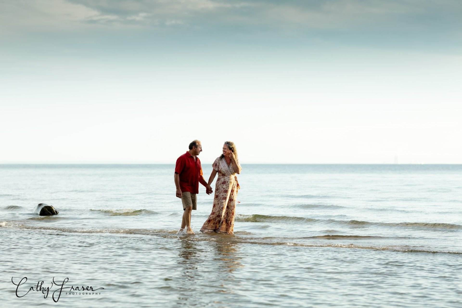 Lifestyle Photography of a couple at the beach in New York