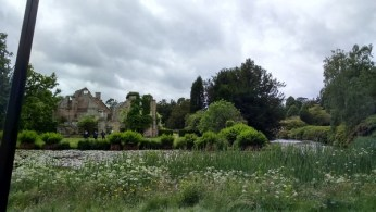©2016-cathy-read-landscape-artist-of-the-year-scotney-castle-painting-view-from-pod-7-what-were-they-talking-about
