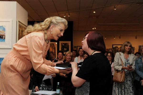 SWA exhibtion presentation Barbara Tate Memorial Award by Princess Michael of Kent