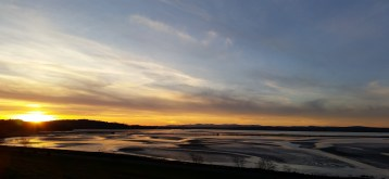 Crammond Beach, Edinburgh 2016. View over to the Forth Bridges. Picture by Catriona Koris.