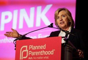 Ted Cruz: Hillary apoya el aborto hasta el nacimiento